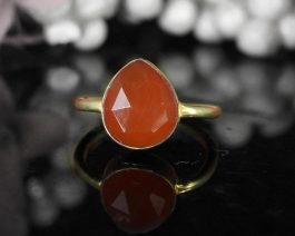 Pear Red Onyx Simple Band Ring
